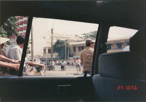 199312HKGSGNPEN009.jpg