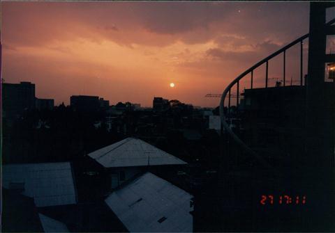 199312HKGSGNPEN010.jpg